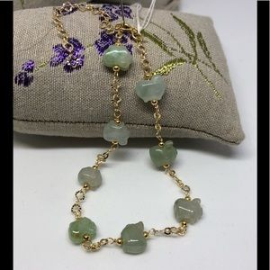 Jewelry - Beautiful light green piggies jade 14k bracelet